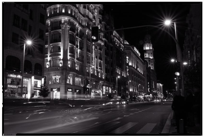 MADRID DE NOCHE EN GRAN VIA